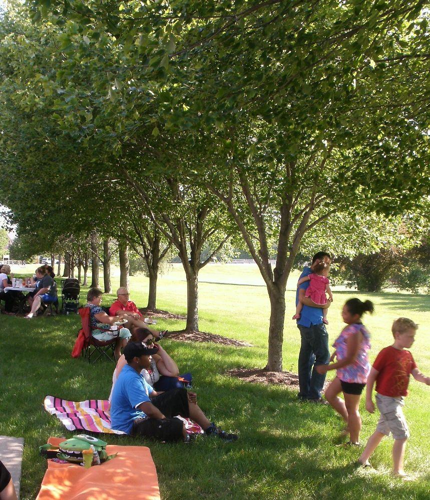 family-picnic-2016 (1)